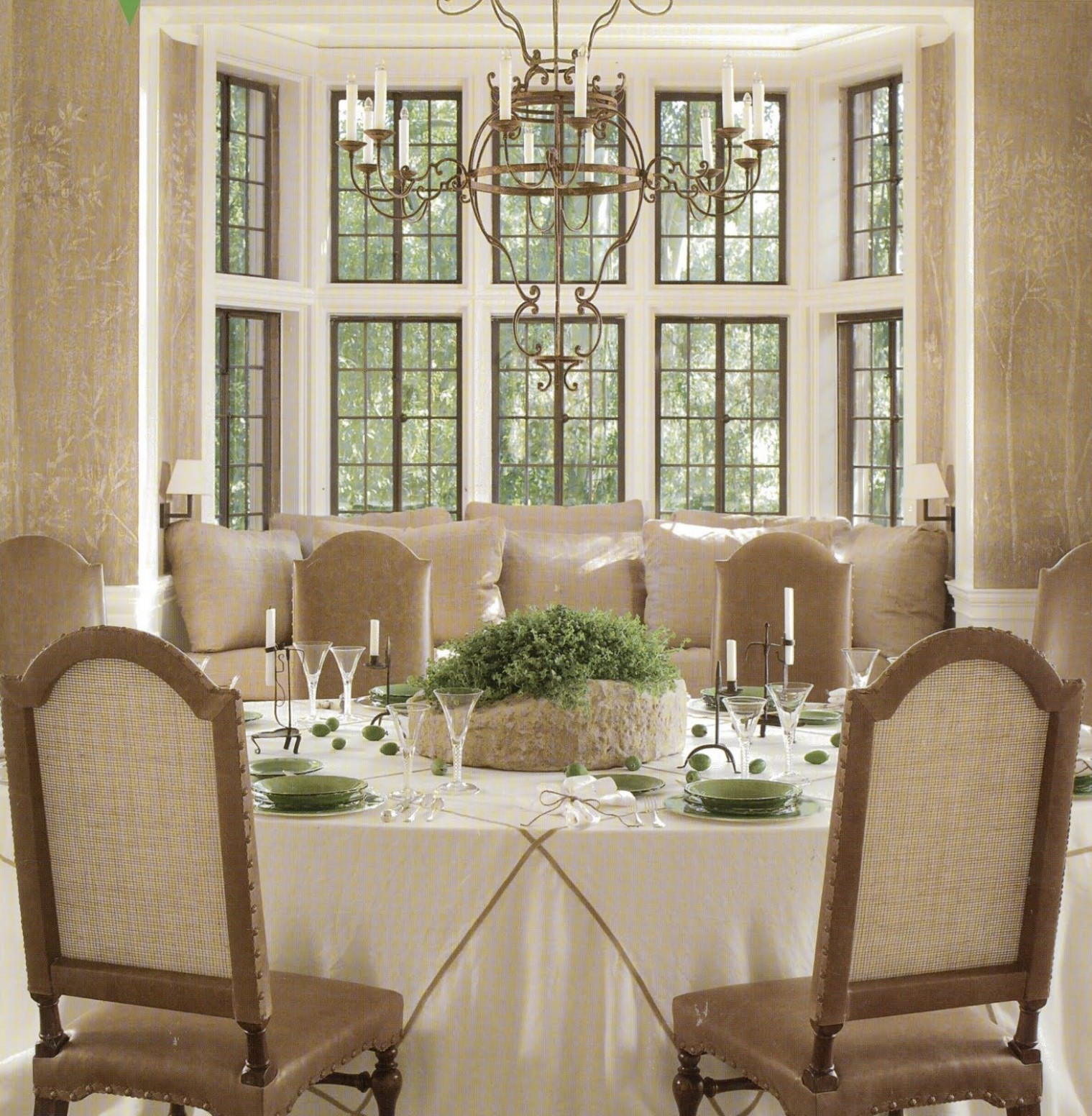 PERFECTLY SYMMETRICAL  Dining room windows, Dining room decor  - Window Ideas For Dining Room