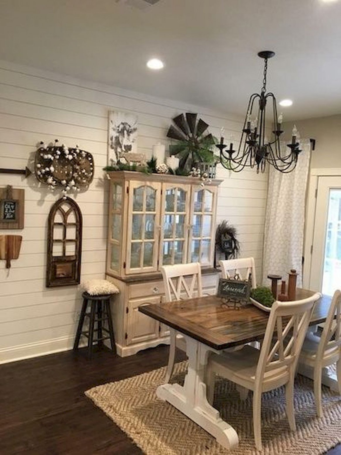 Pin by Karen Brown on Ideas and tips for the House  Farmhouse  - Dining Room Ideas Country Style