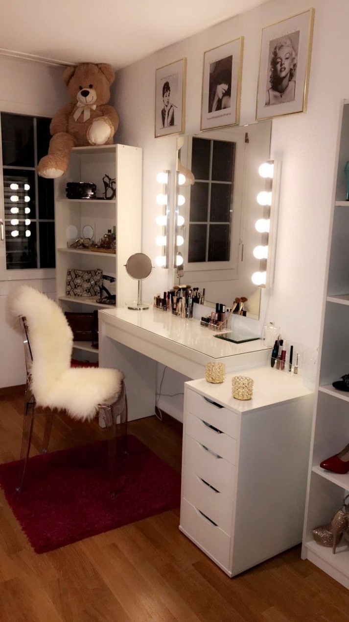 Pin on D R E A M - R O O M - D E C O R - Makeup Room In Bedroom