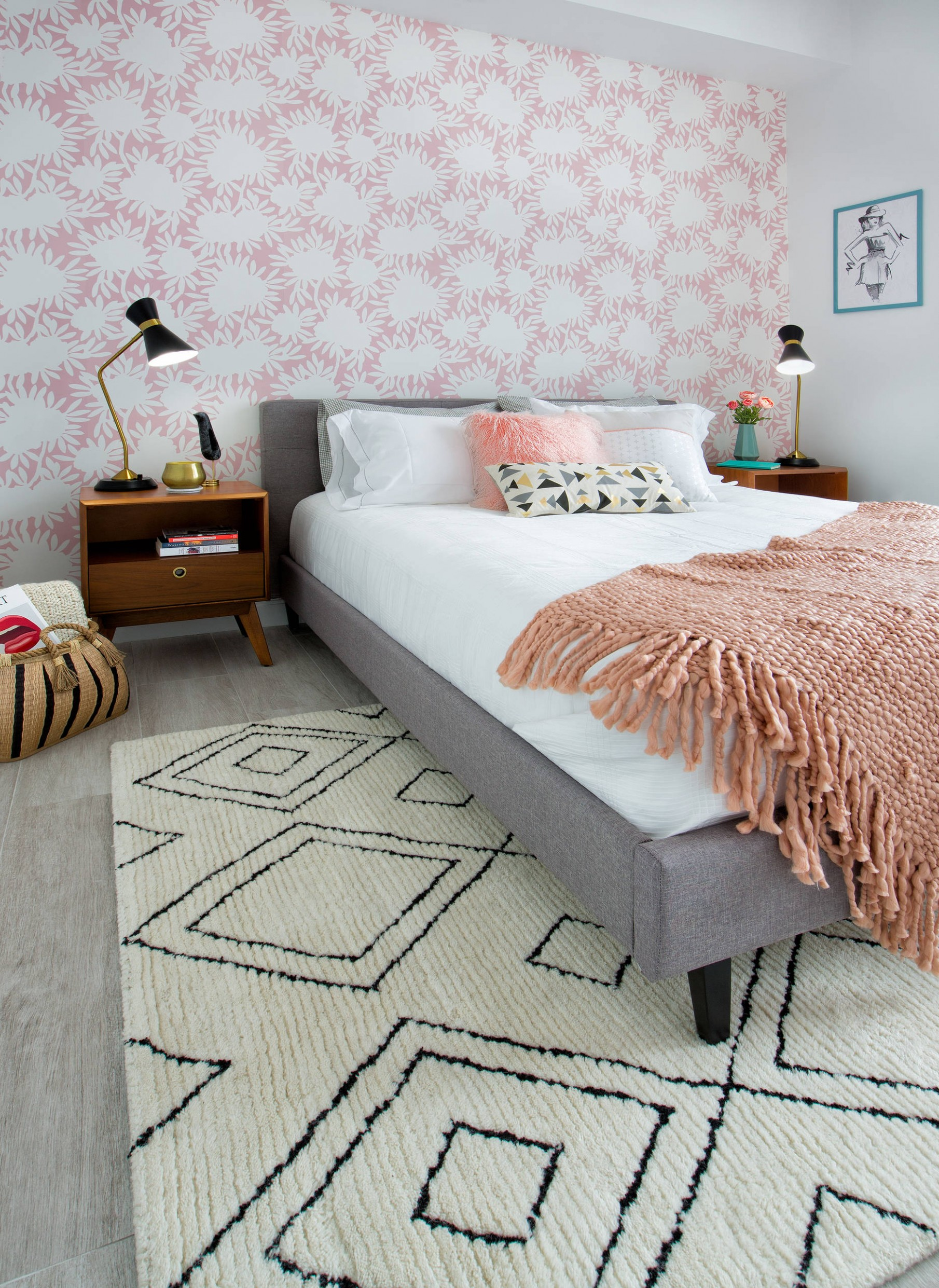 Play With Wallpaper - Small Bedroom Design Ideas - Tiny Bedroom Ideas - Bedroom Ideas Wallpaper