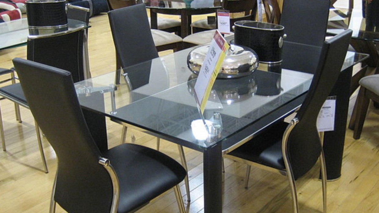 Pros and Cons of a Glass Dining Table  Home Mum - Dining Room Ideas Glass Table
