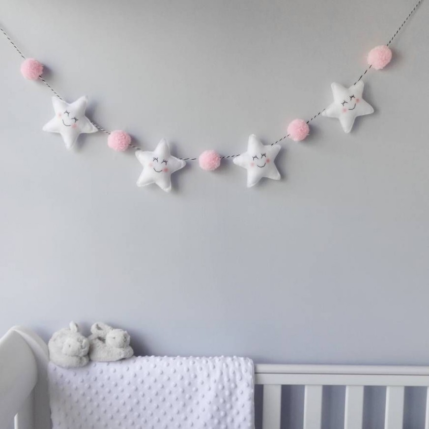 Star Garland With Honeycomb Pom Poms  Baby crafts, Baby decor  - Baby Room Garland