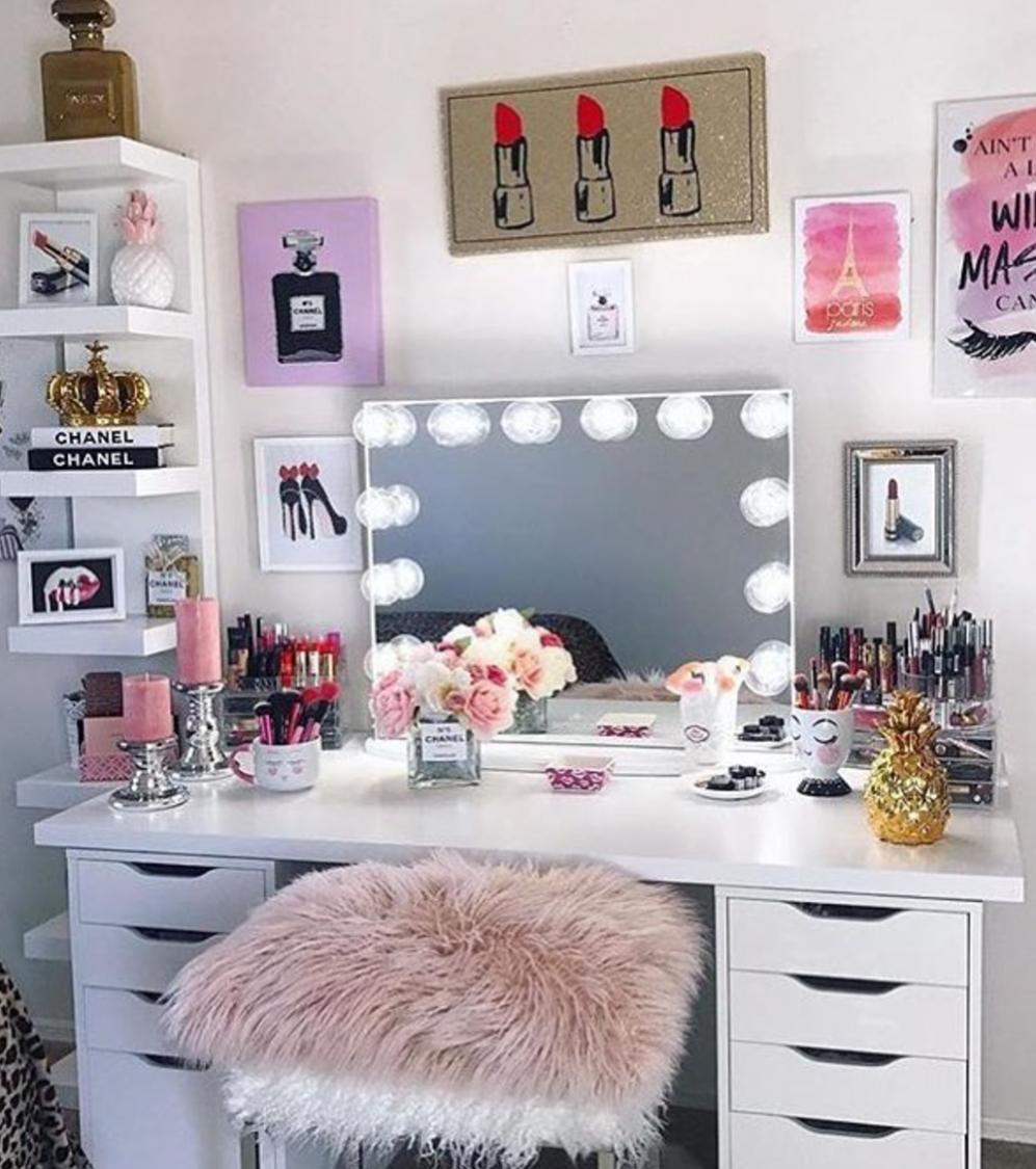 Storage tips for small rooms  Vanity room decor, Beauty room  - Makeup Room In Bedroom