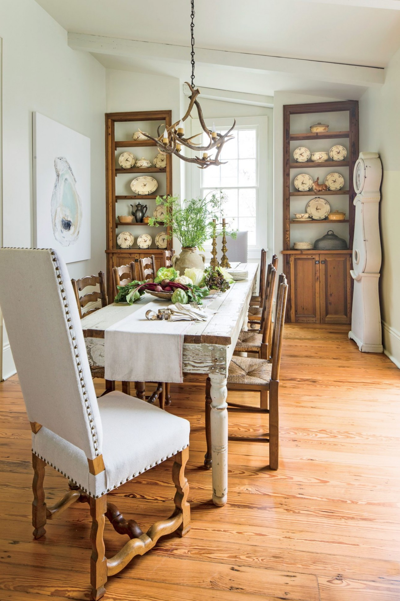 Stylish Dining Room Decorating Ideas  Southern Living - Neutral Dining Room Ideas