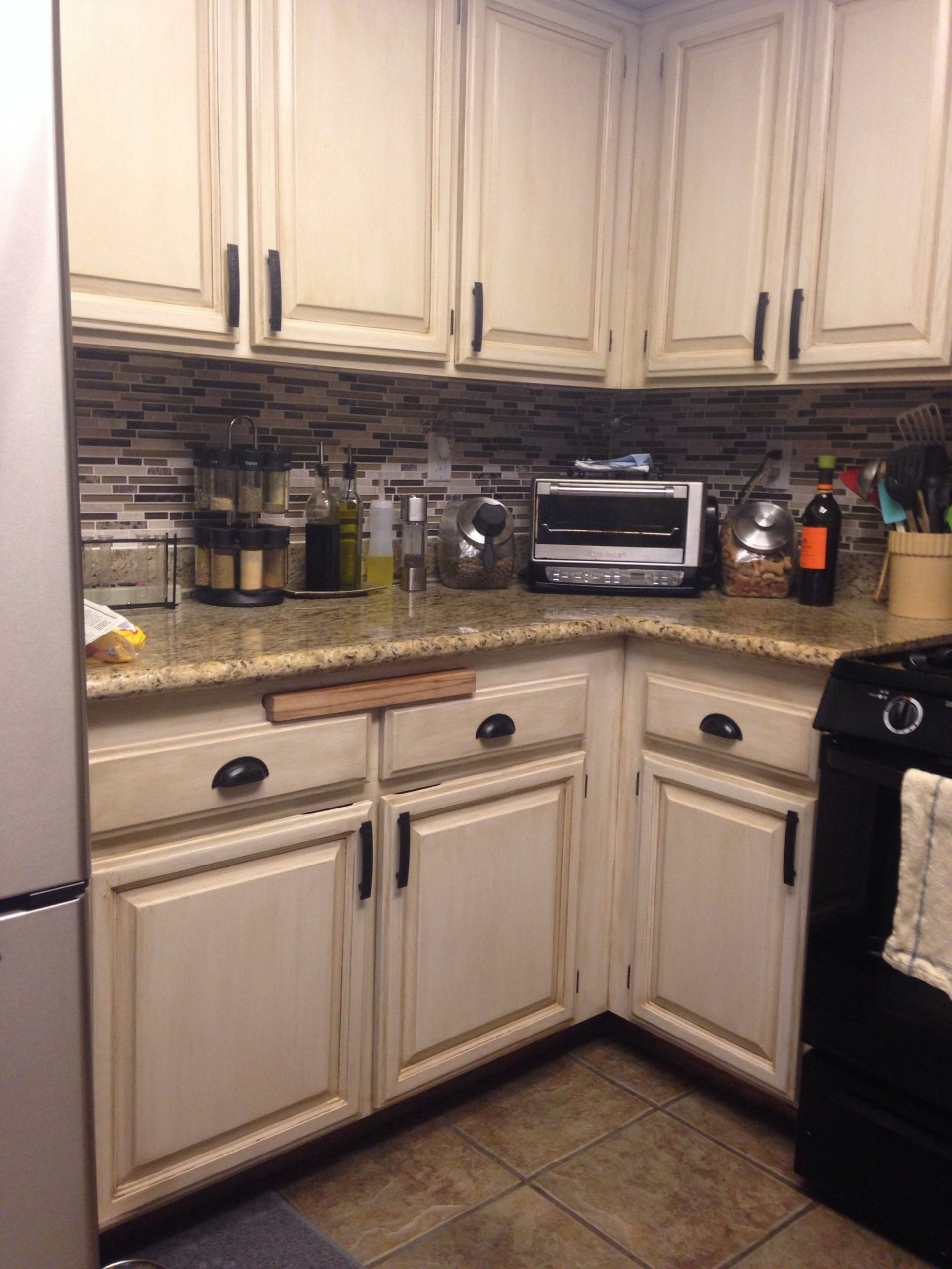 Tami review of painted cabinets using Rustoleum Transformations  - Rustoleum Kitchen Cabinet Paint Kit Reviews