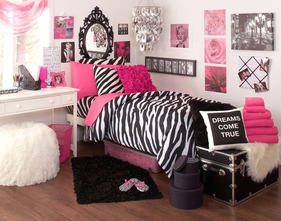 The College Lifestyle Blog  Zebra print bedroom, Zebra room  - Zebra Bedroom Ideas