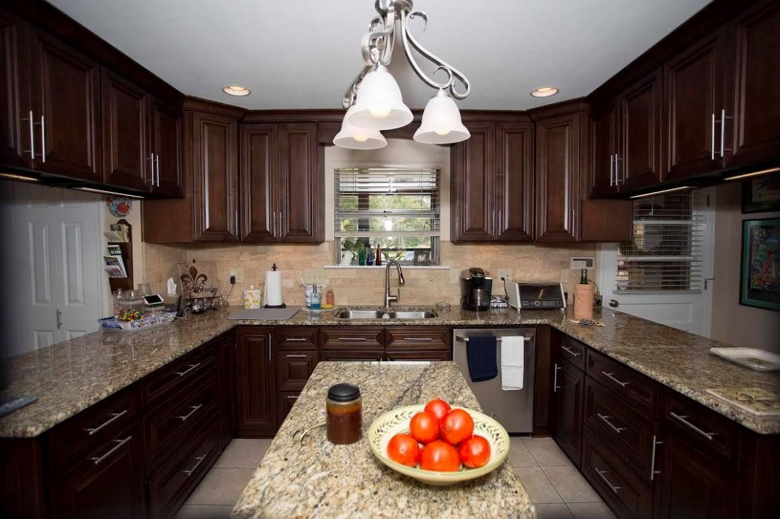 These are gorgeous wholesale kitchen cabinets that I want in my  - Wholesale Kitchen Cabinets And Granite