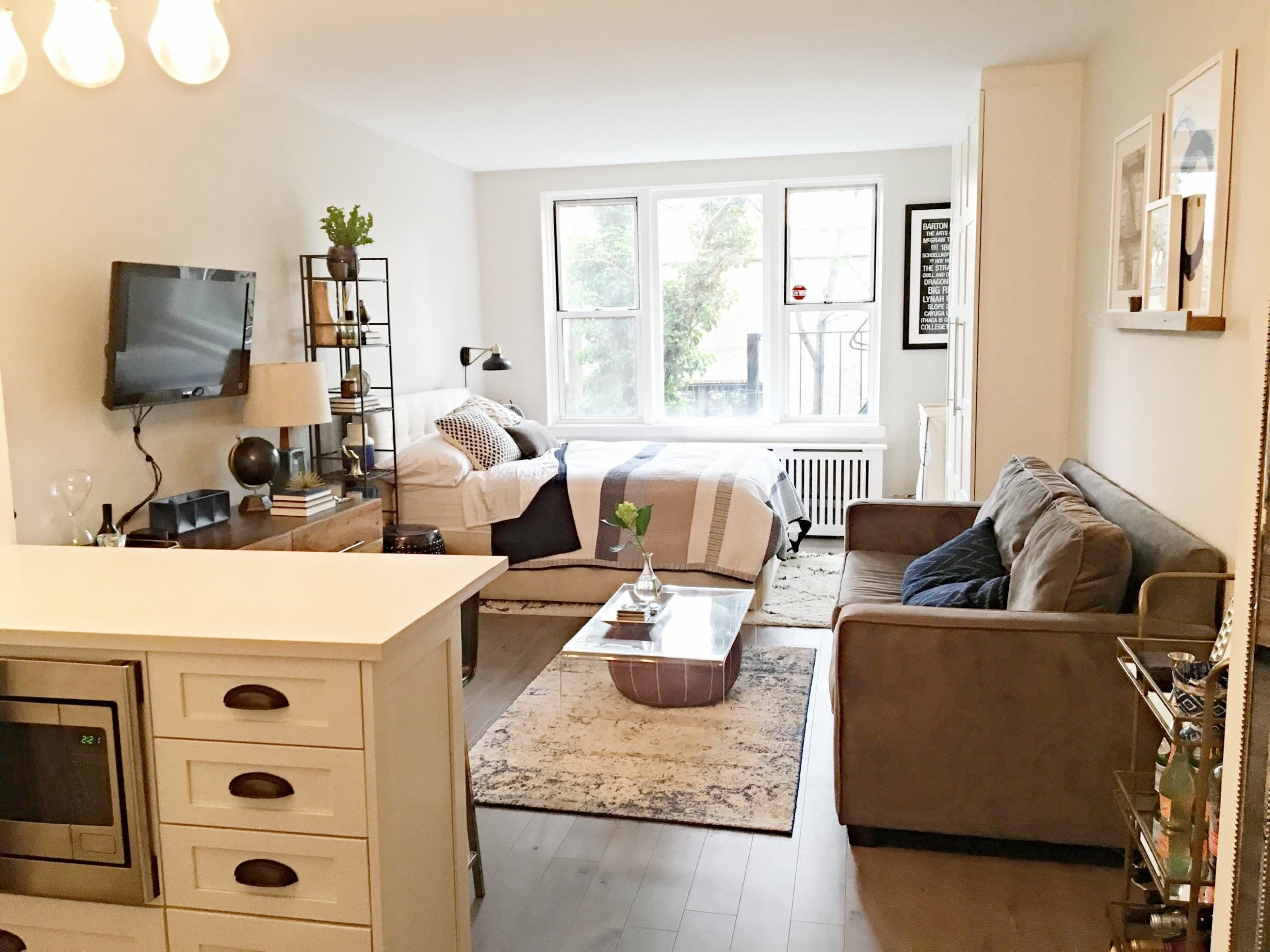 This Complete Studio Makeover Went From Gut to Gorgeous  - Apartment Decor Ideas Xxi