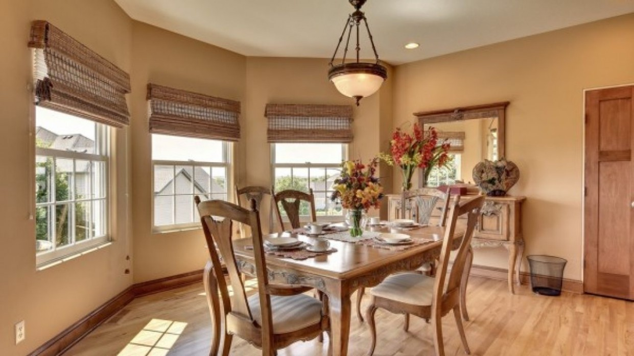 Top Traditional Dining Room Designs Collection Combined With a  - Dining Room Ideas Classic