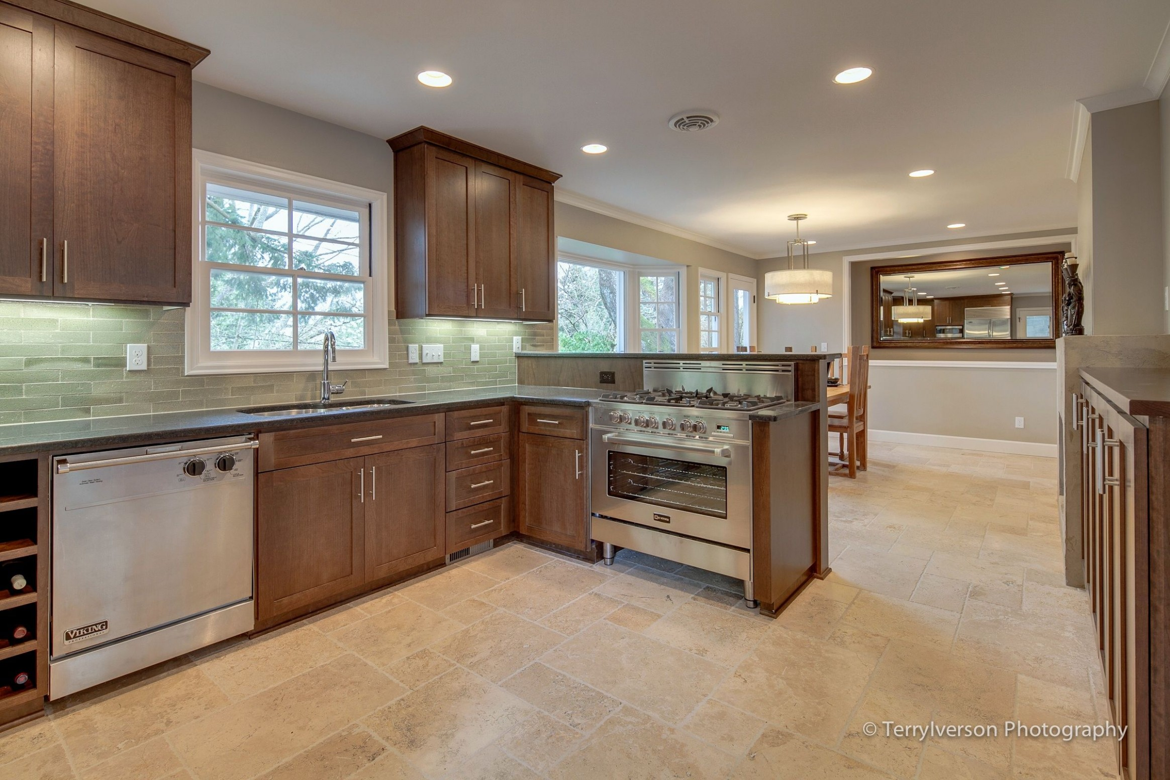 Travertine Kitchen Floor  Kitchen and dining room with travertine  - Dining Room Tile Ideas