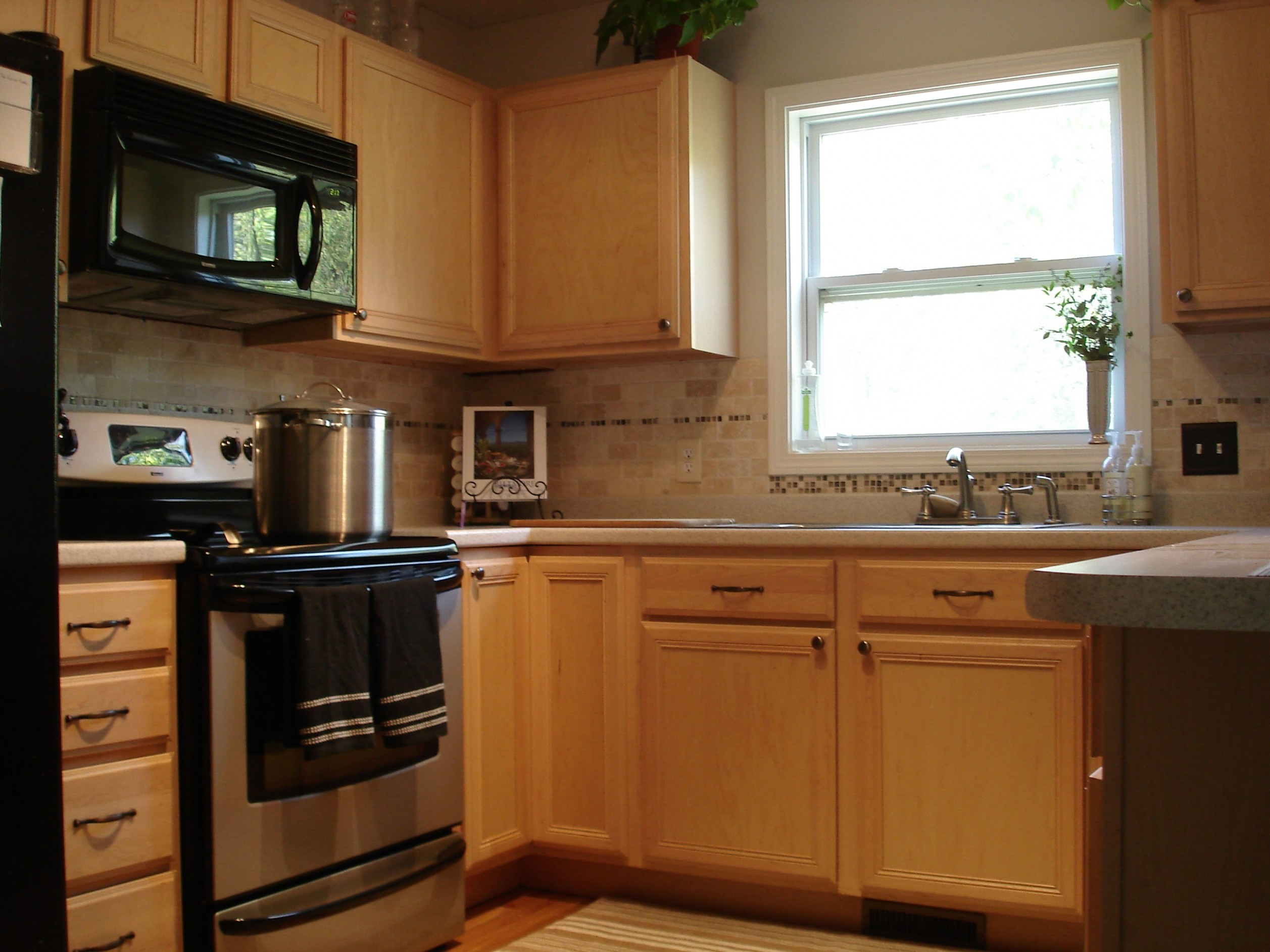 Tutorial: Painting (Fake Wood) Kitchen Cabinets - Pressed Wood Kitchen Cabinets