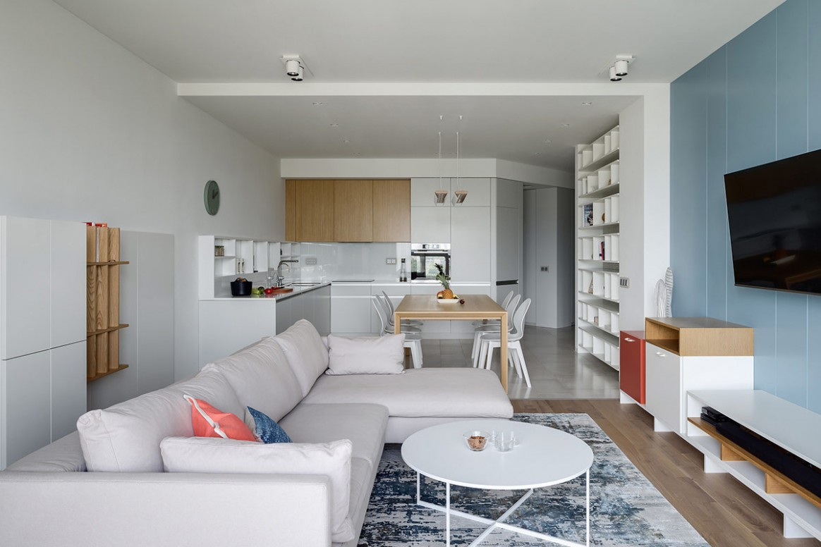 Two Punchy Modern Apartments With Red And Blue Decor - Apartment Design Pictures