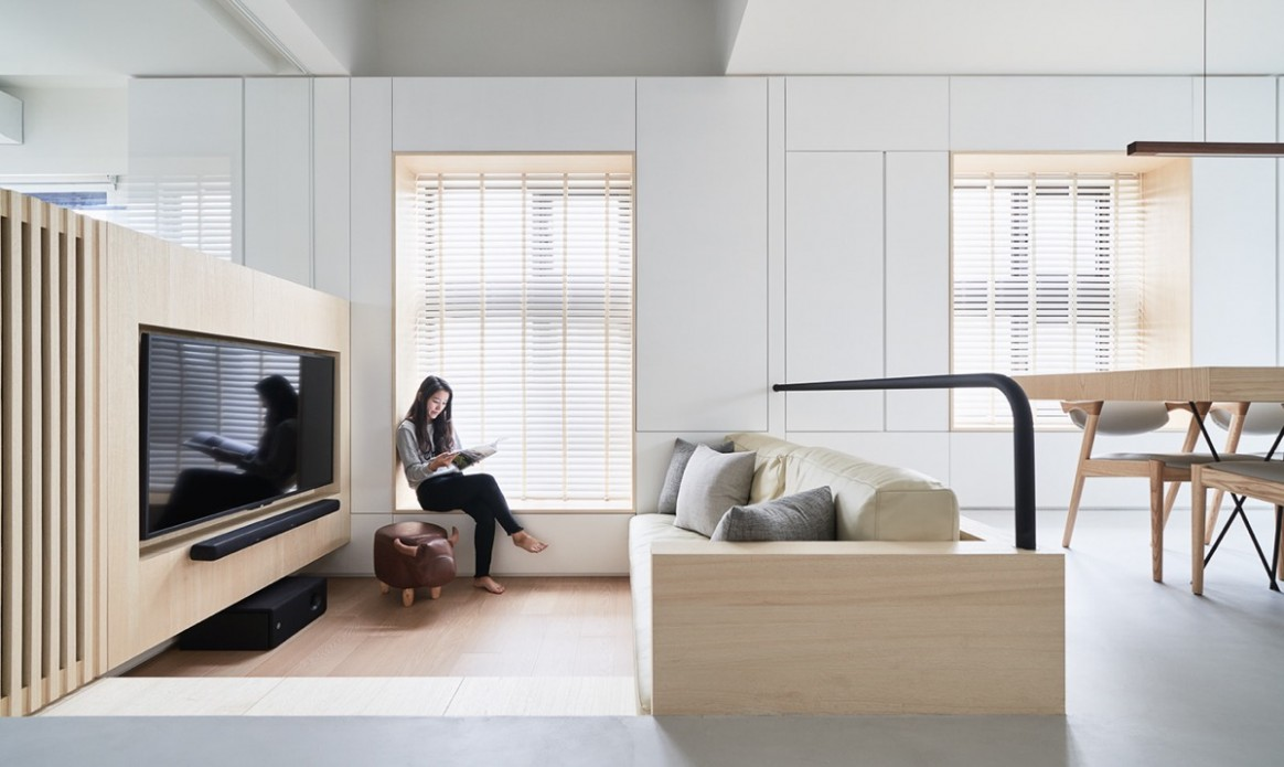 Two Unusual Japanese Home Designs With Unique Zoning Techniques - Japanese Home Office Ideas