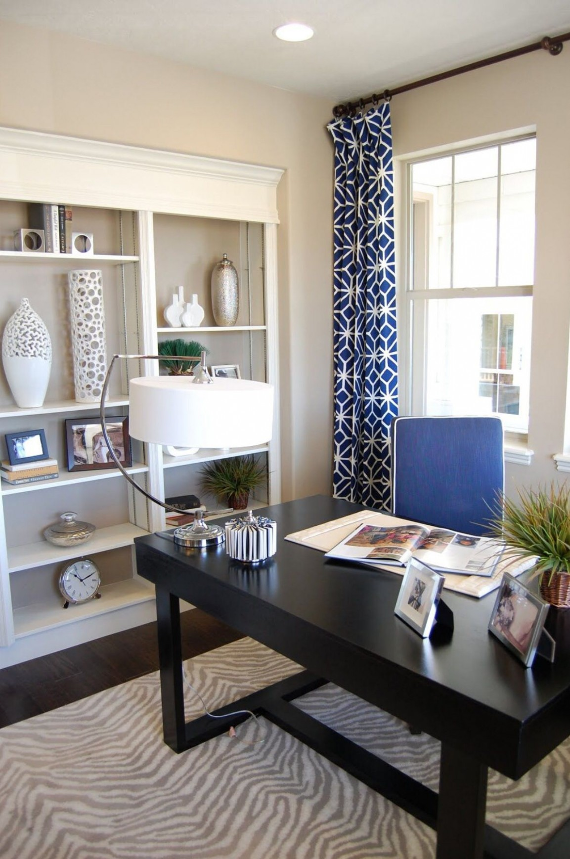 Ways to convert your small bedroom into a gorgeous office