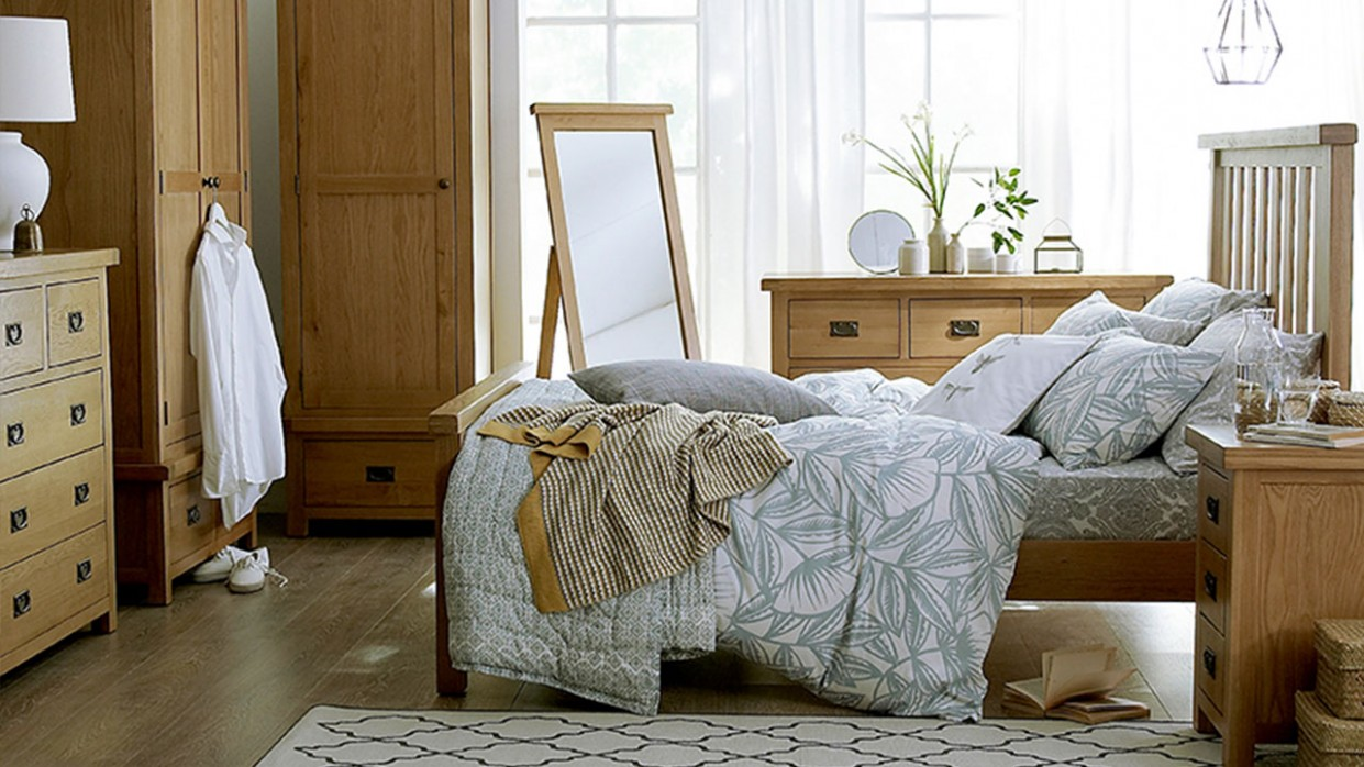 What Colours Go with Oak Furniture?  House of Oak - Bedroom Ideas With Oak Furniture